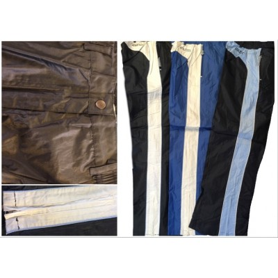 Outer trousers with stripes